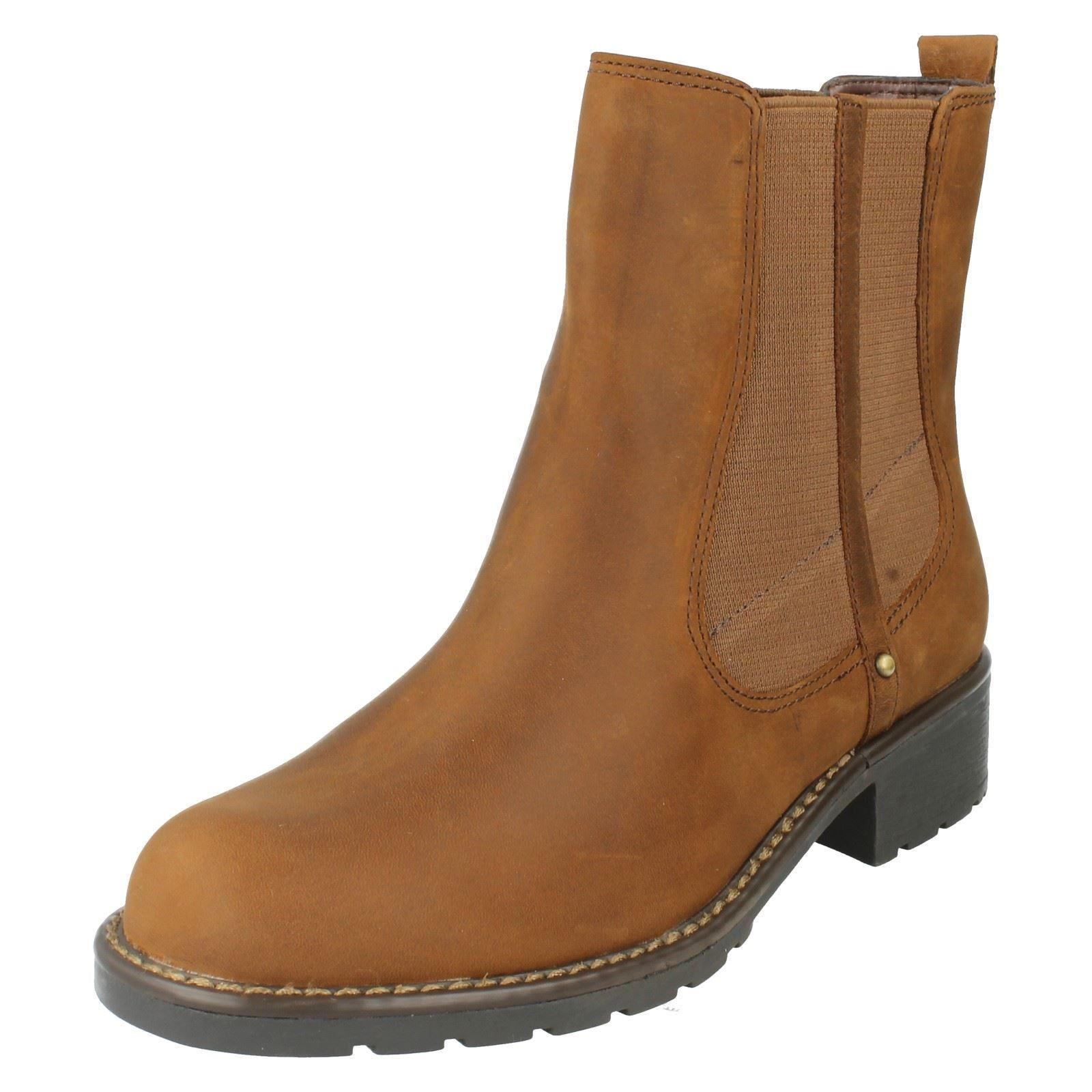 Clarks Ladies Shoes And Boots