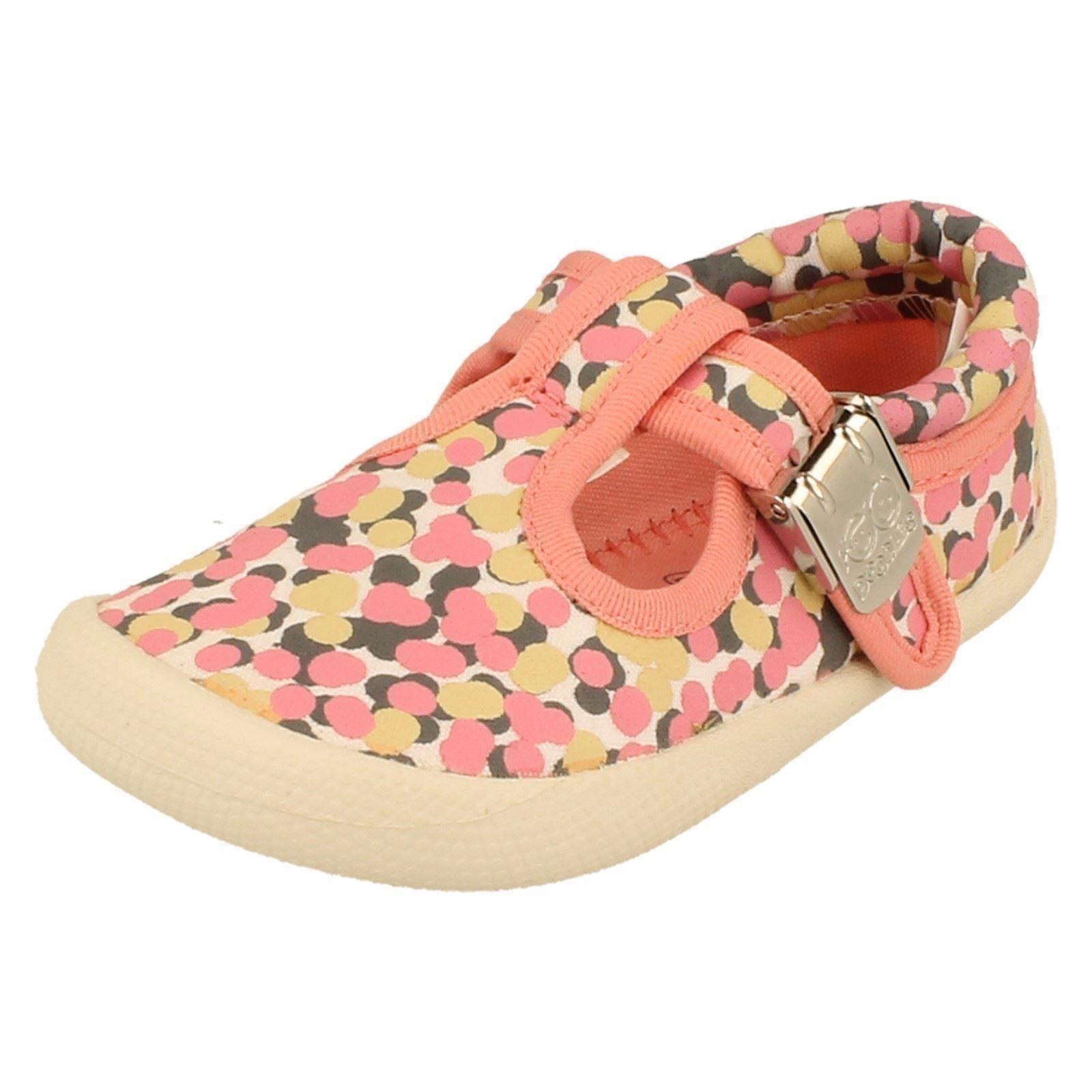 Girls Clarks Canvas Shoes Style - Choc Cake
