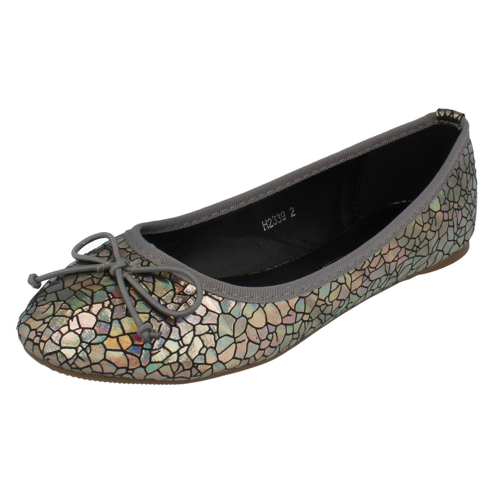 Girls Spot On Flat Shoes Label H2339 - D