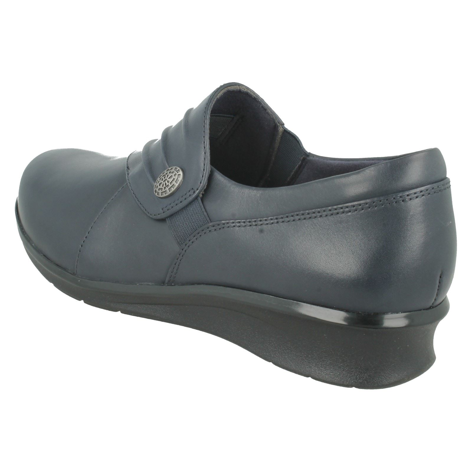 Gran descuento Descuento por tiempo limitado Ladies Clarks Casual Slip On Leather Casual Clarks Shoes Hope Roxanne a4576f