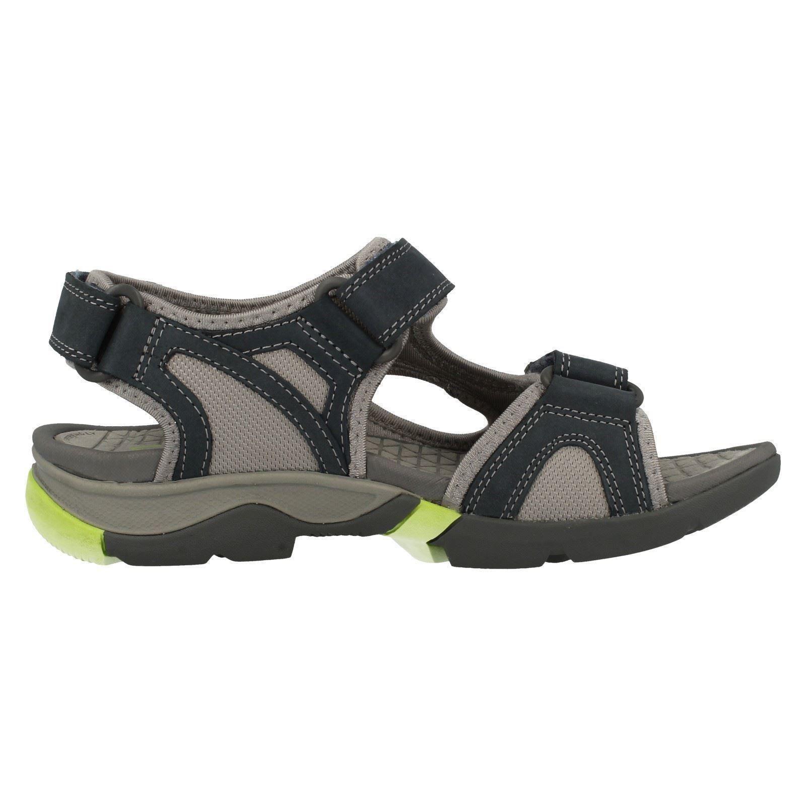 39c943c198fef4 ... mesdames clarks marcher des sandales en en en cuir style vague de  sortie | Exquise ...