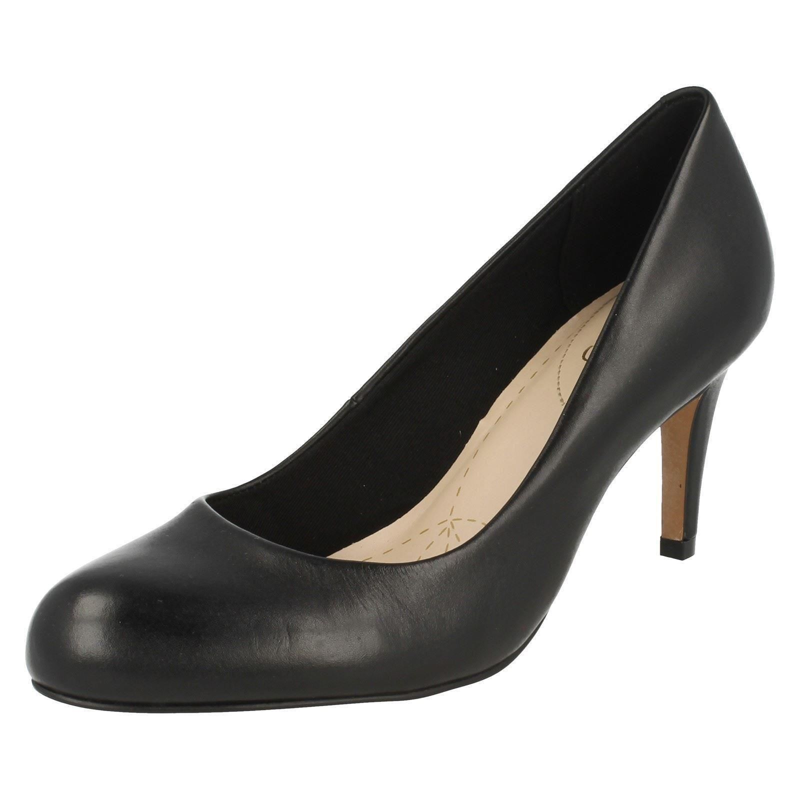 Ladies Clarks Fashion Court Schuhes Schuhes Schuhes Carlita Cove schwarz Leder 6.5 UK ... 9a4f85
