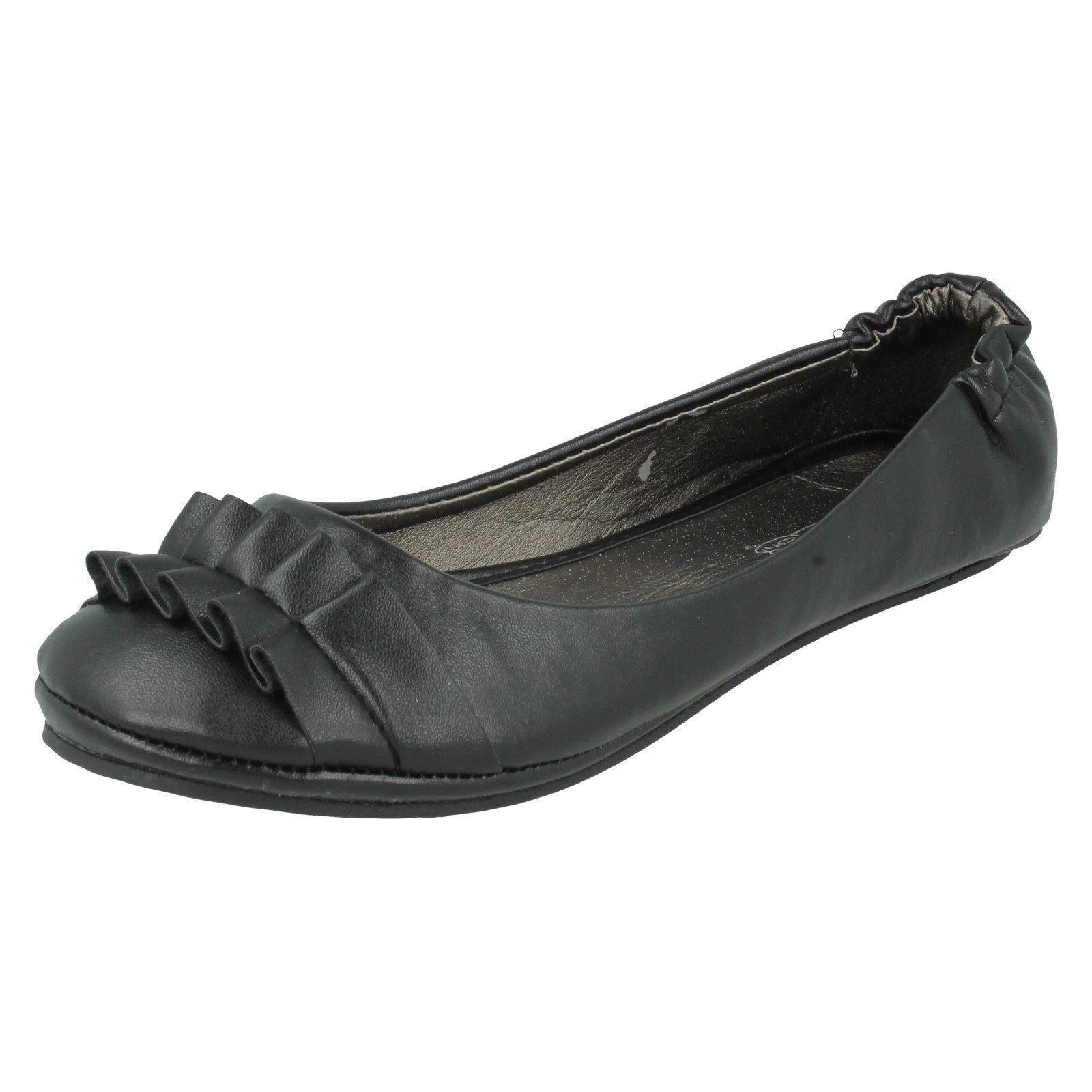 Damas Spot On Puntera Redonda Zapatos Bailarina Plana ruschen detalle el estilo-F8539