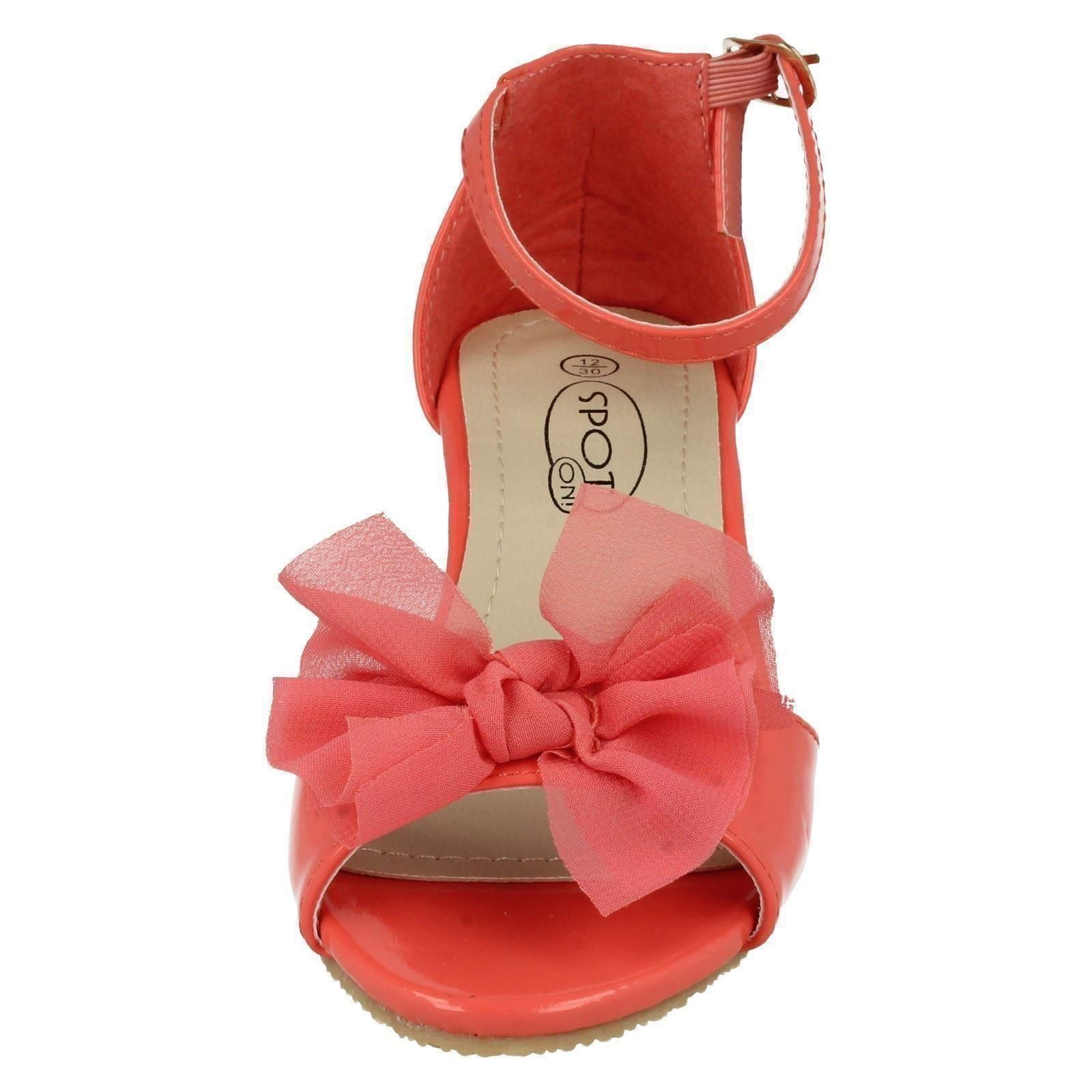 Girls Spot On Court Shoes H1074