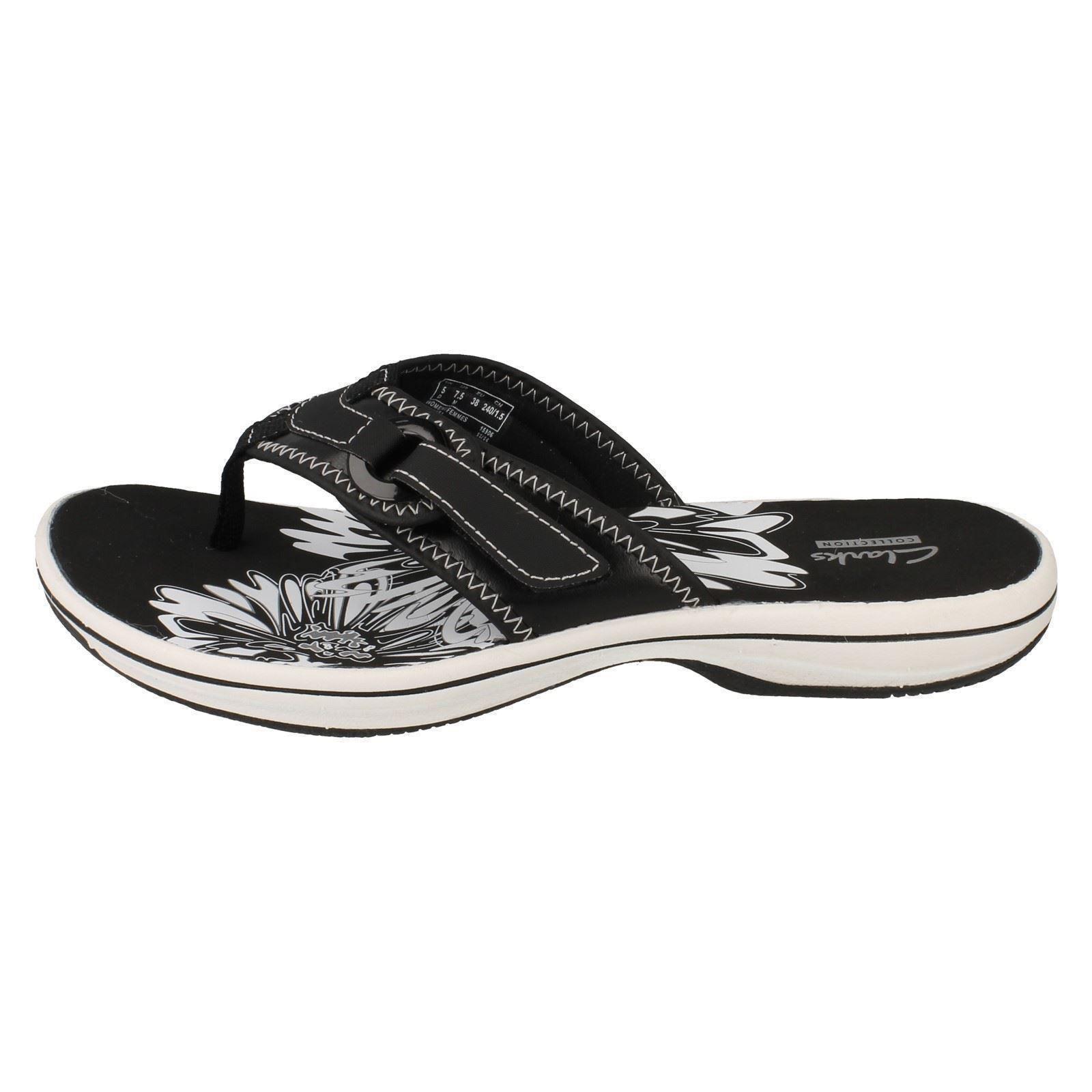 clarks flip flops on sale