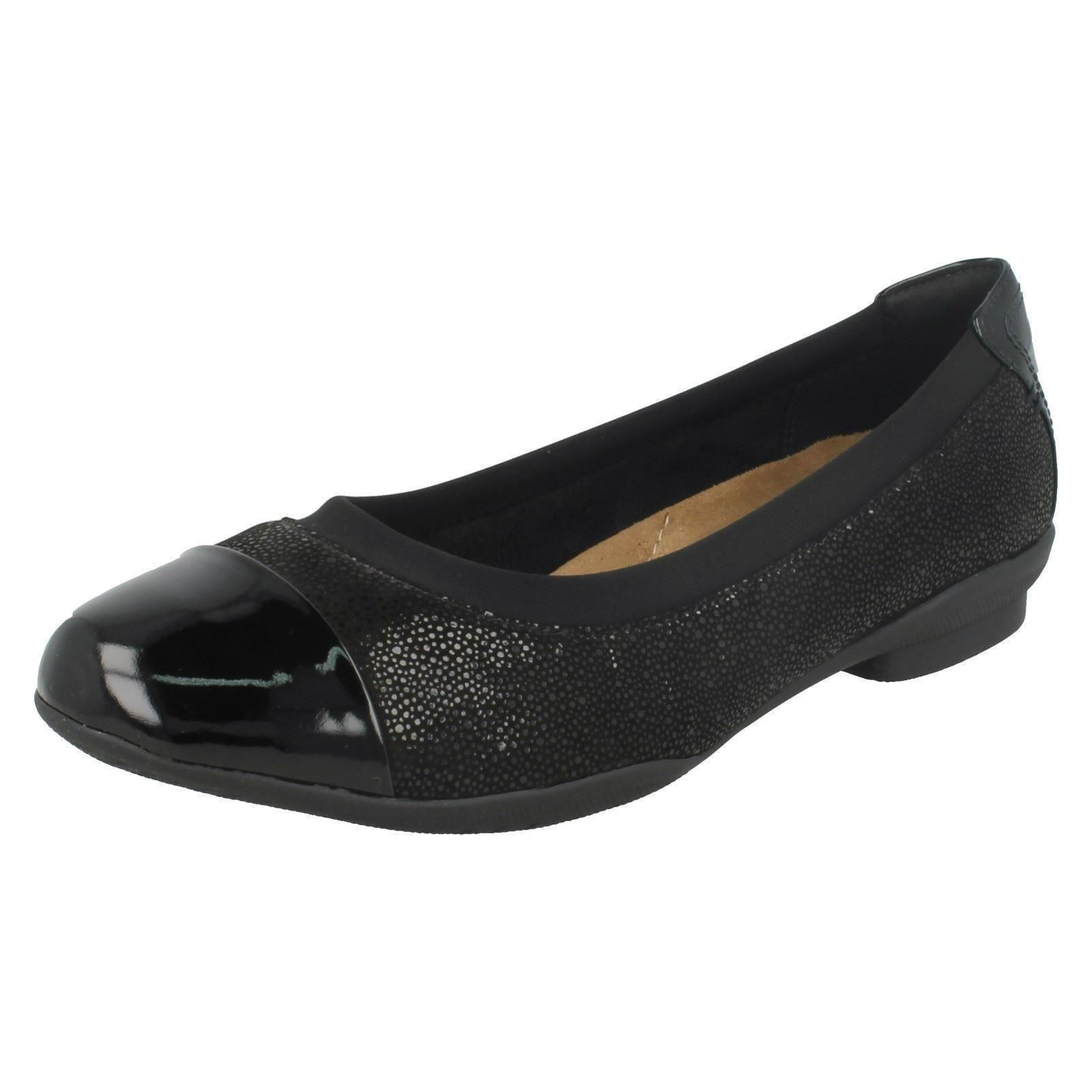 e9a780f4f209 Clarks Neenah Garden Womens Wide Ballet PUMPS Black 3.5. About this  product. Picture 1 of 8  Picture 2 of 8 ...