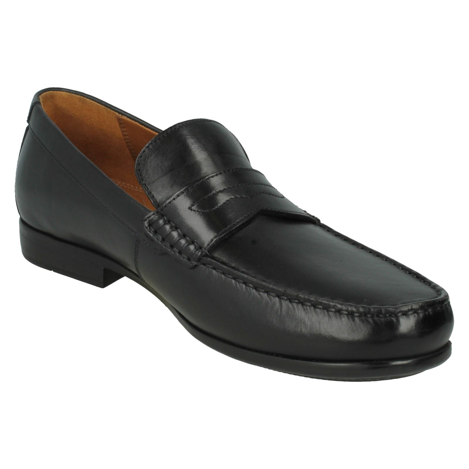 hindu single men in clarks Discover clarks shoes and boots online we have many different styles for men,  women and kids in a variety of size and width fittings.