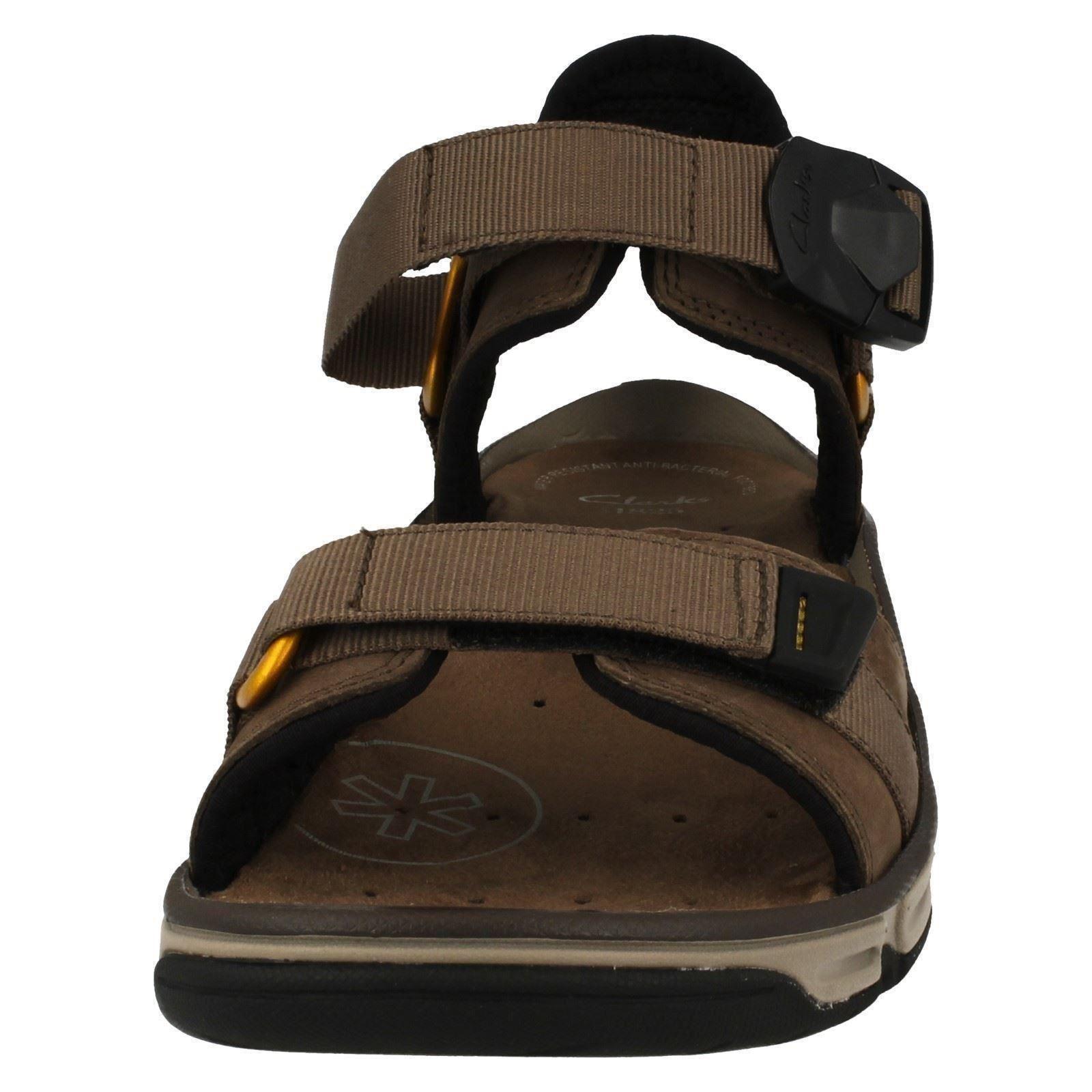 Men's Clarks Open Toe Magnetic Casual Summer Sandals Label - Explore Part
