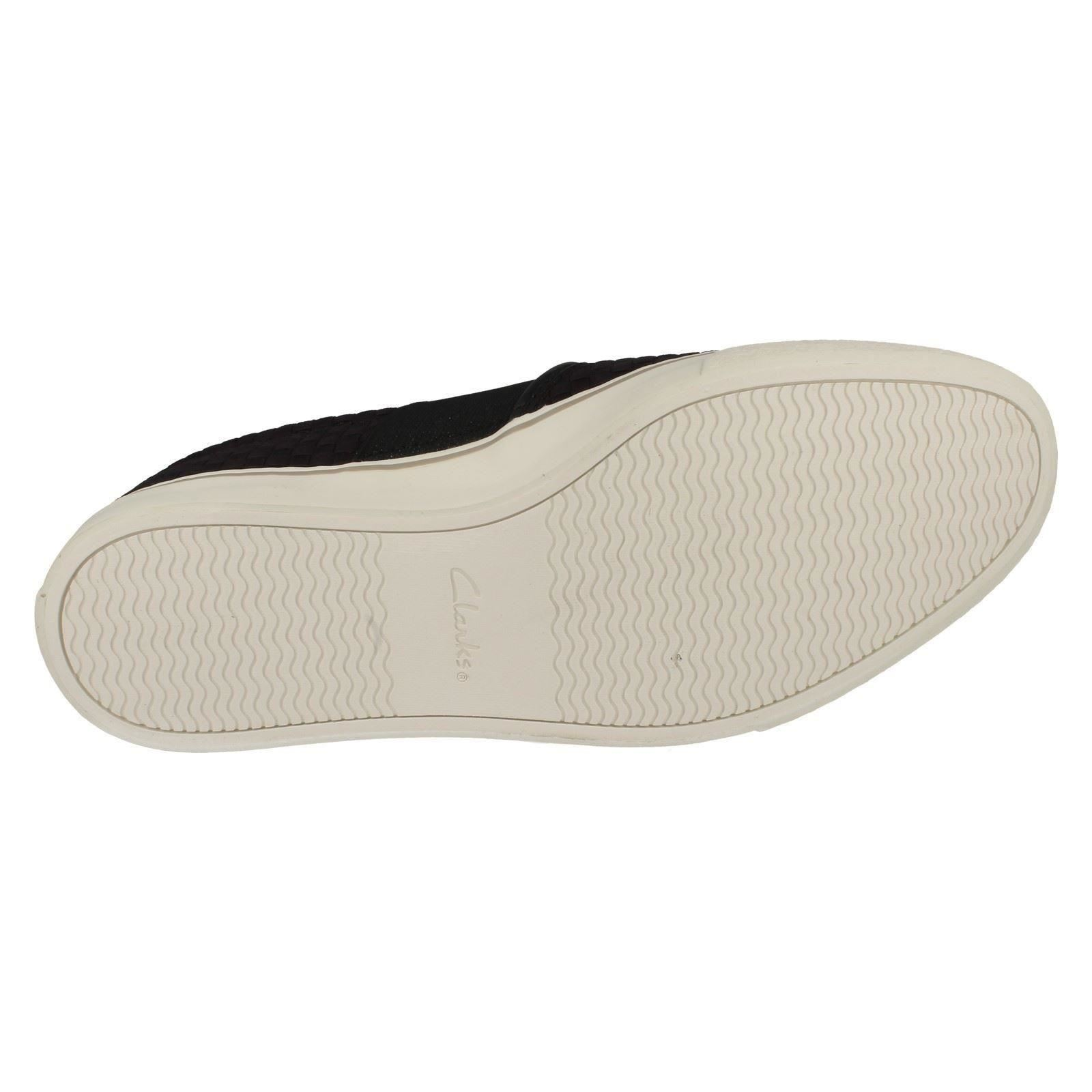 Men's Clarks Slip On Casual Shoes The Style - Gosling Step