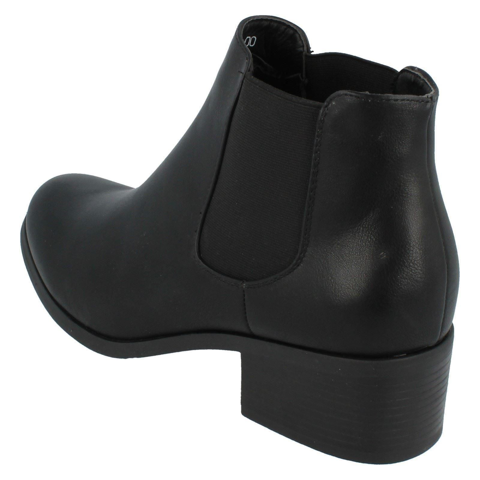 Señoras Down to Earth Tobillo Botas Estilo F50600 ~ N