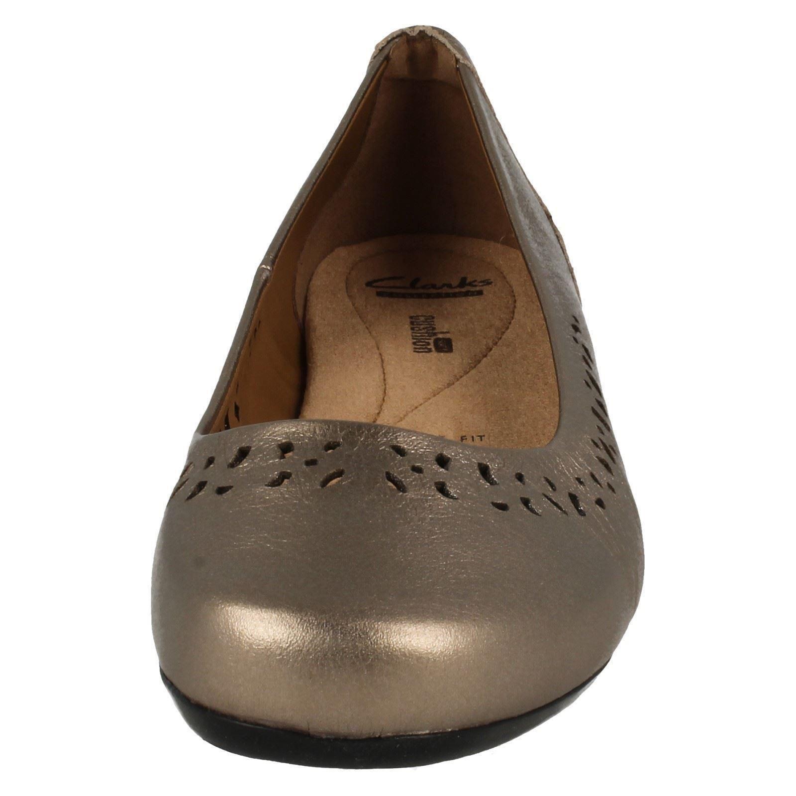 Damas Clarks Cojín Suave Cordones Casuales Zapatos el estilo-Blanche Garryn