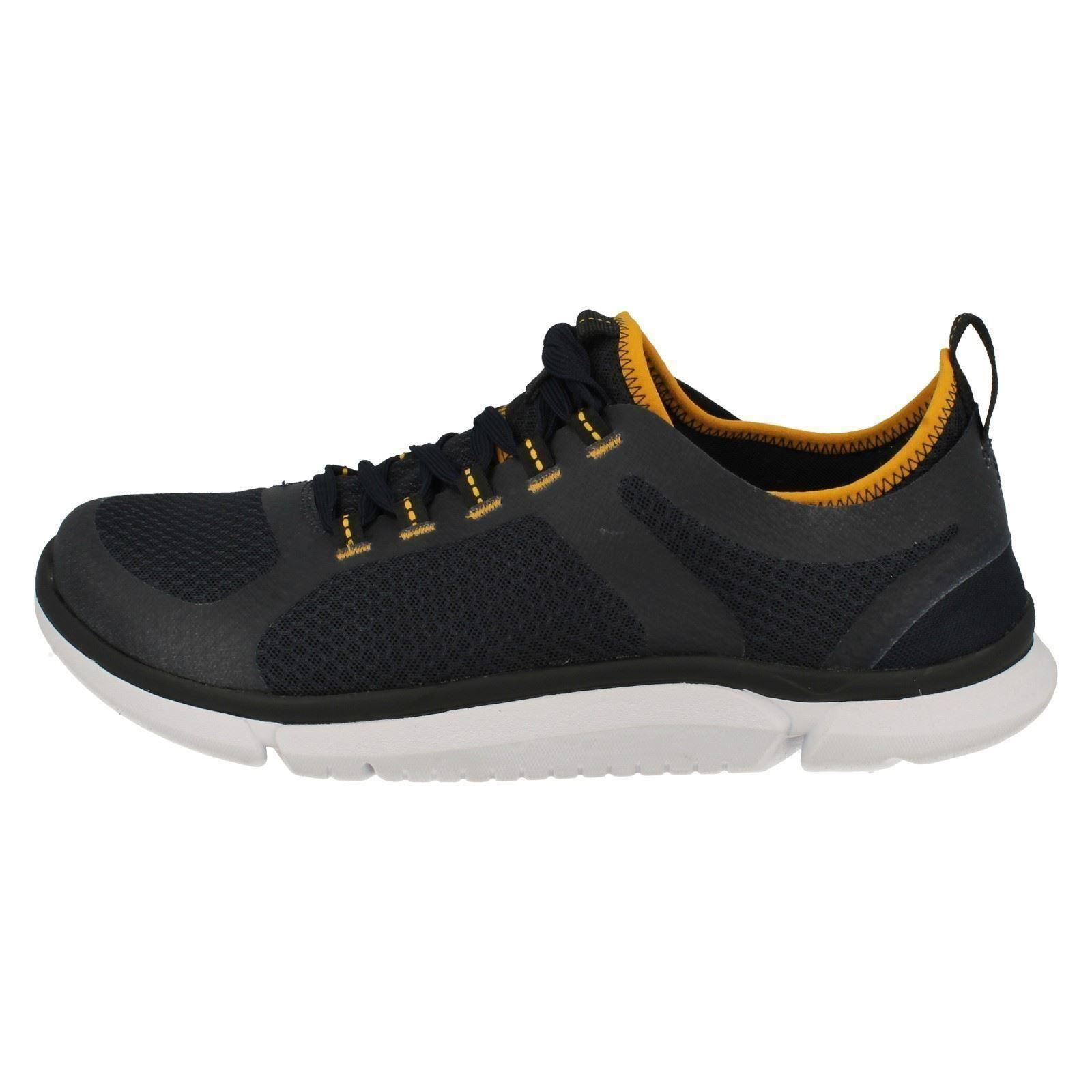 Men's Clarks Casual Lace Up Lightweight Trainers The Style -  Triken Active