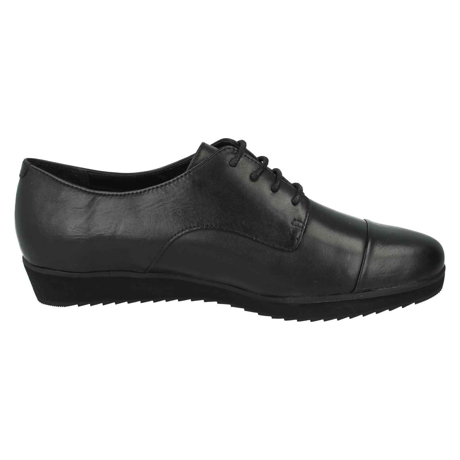 clark's work shoes ladies