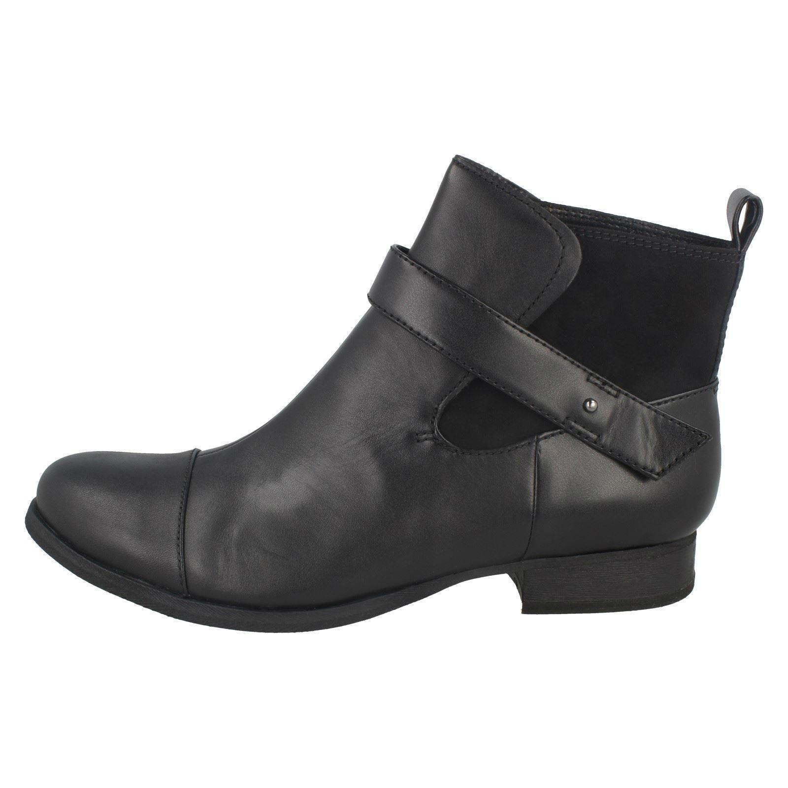 Zapatos especiales con descuento Mujer Clarks Botines De Tirar Estilo Ladbroke Mágico ~ N