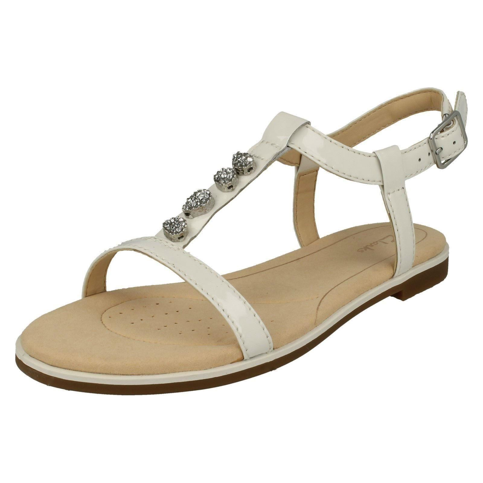 65cbc0043d53b4 Clarks Ladies Casual Slingback Sandals - Bay Blossom White UK 4 D. About  this product. Picture 1 of 8  Picture 2 of 8 ...