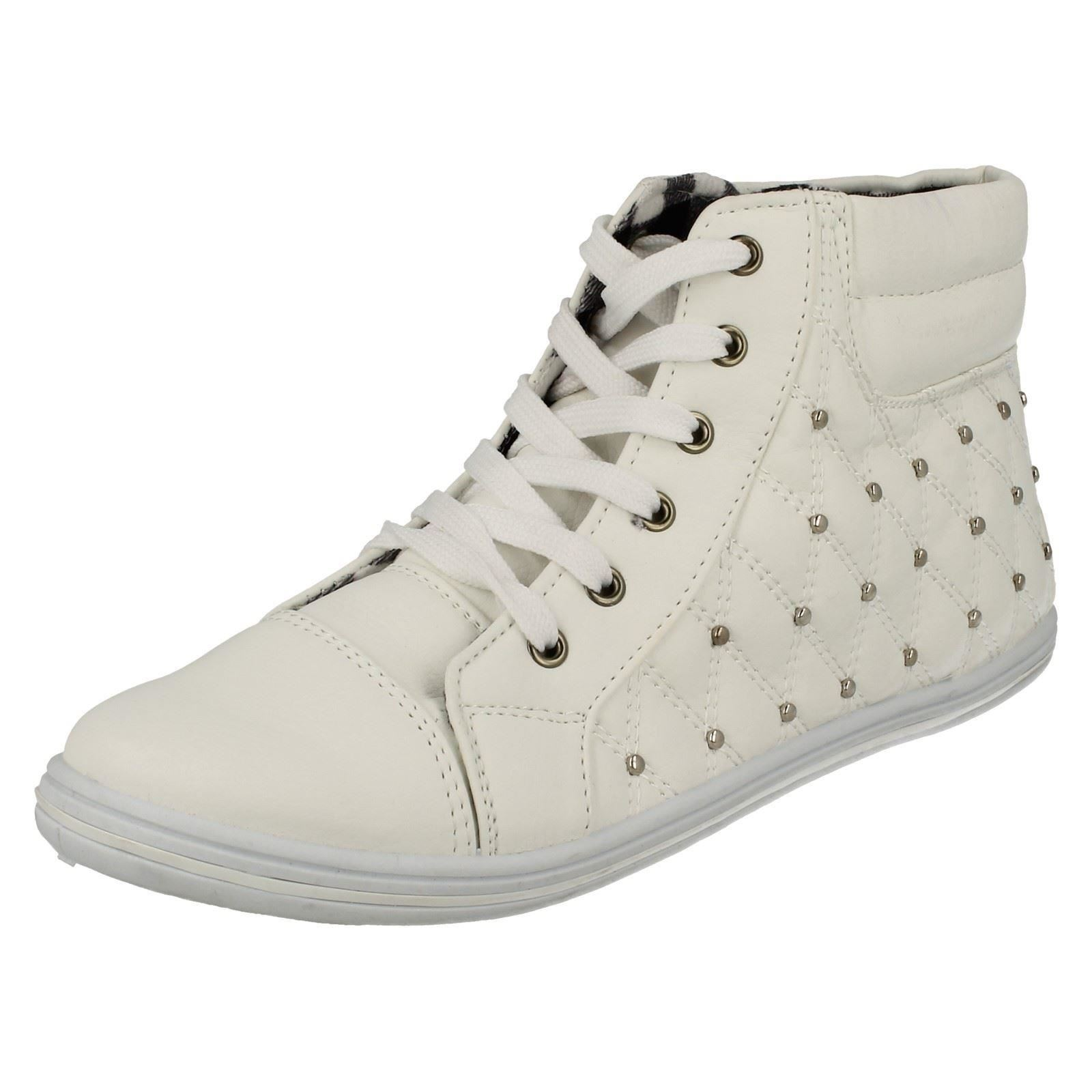 Ladies Spot On High Top Trainers Label F8R958