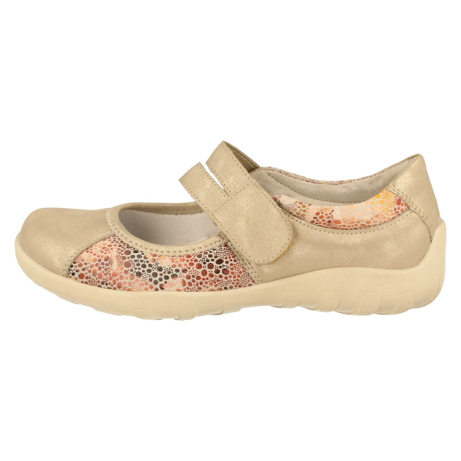 Ladies Remonte Casual Shoes The Style R3510 -W