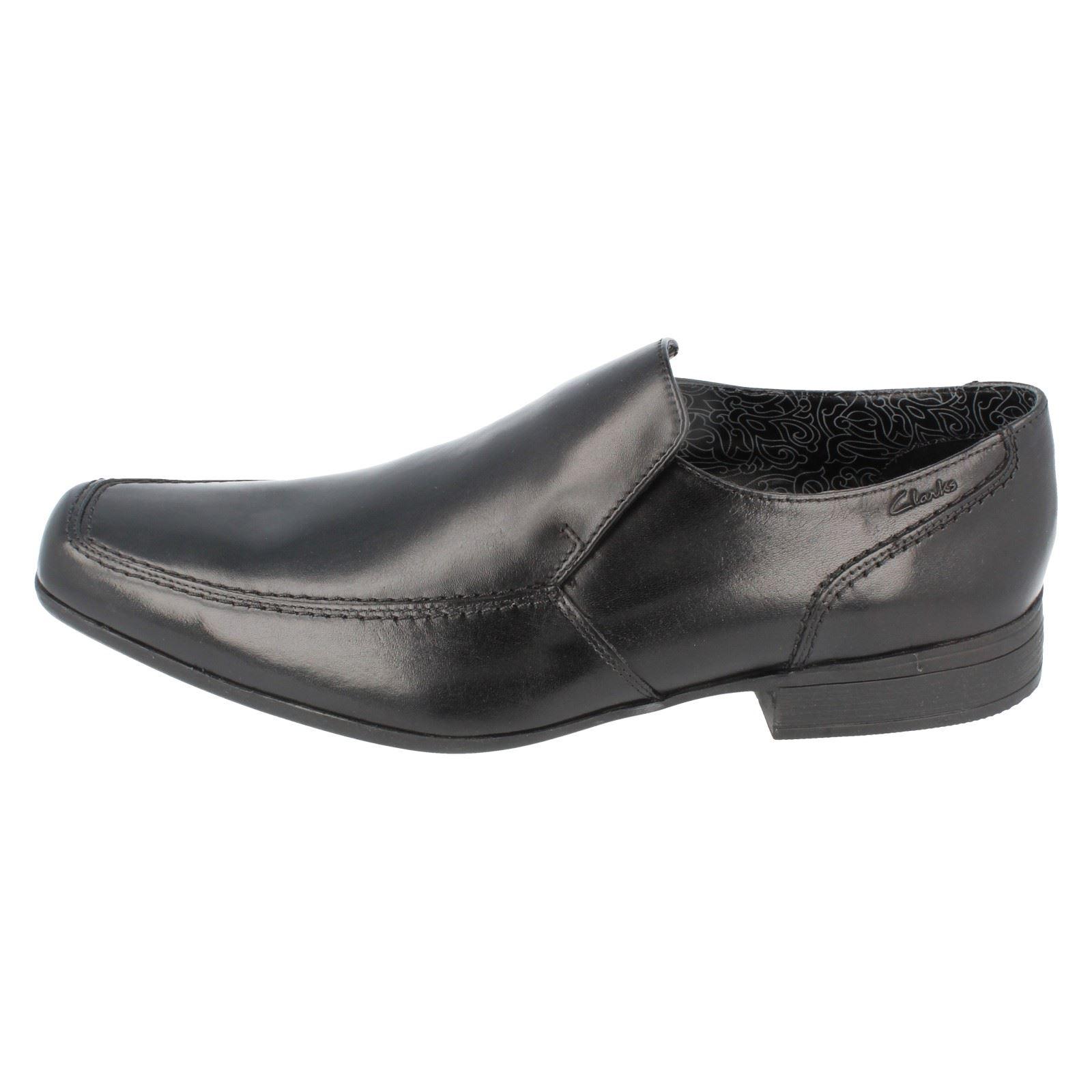 Mens Clarks Slip On Shoes Label  Bze Night ~ N
