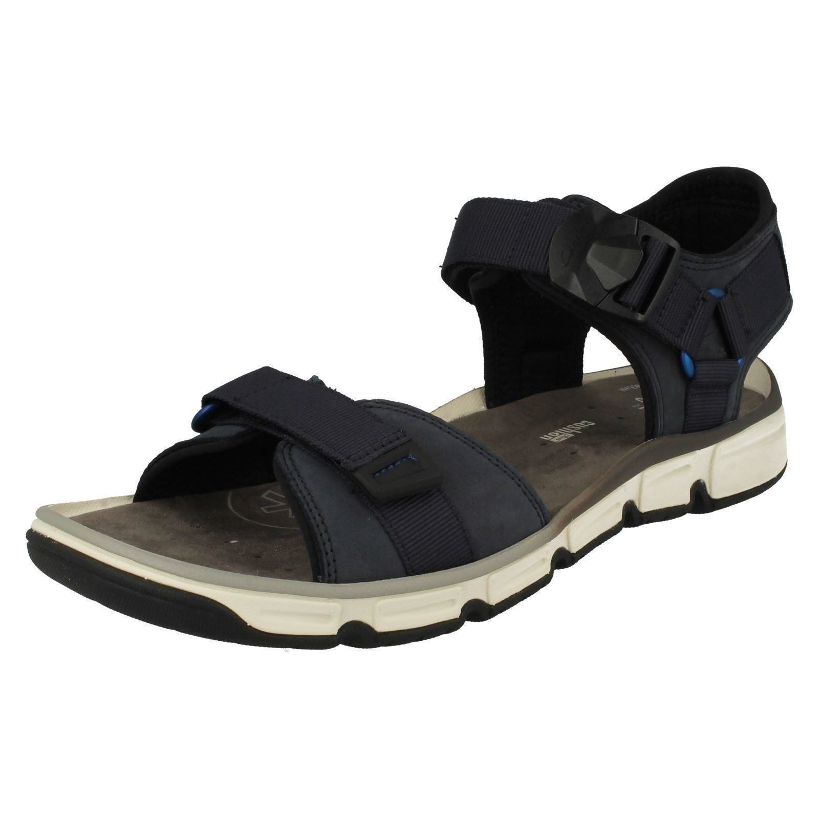 clarks active air sandals magnetic