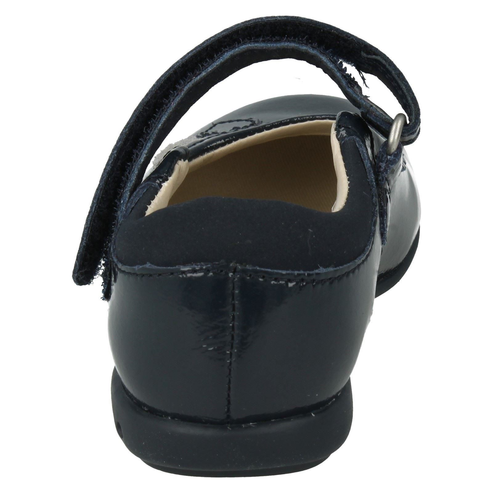 Girls Clarks Casual/Party Shoes Trixi Heart -W