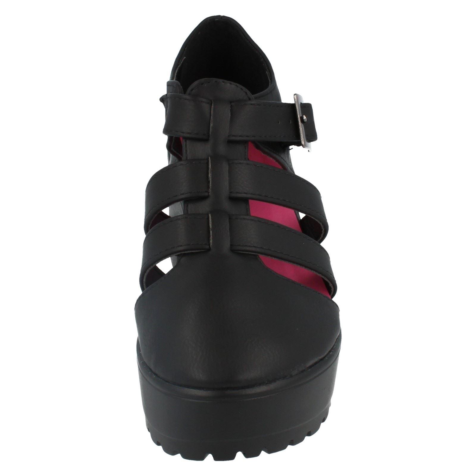 Girls Spot On Platform Shoes Label H3048 - D