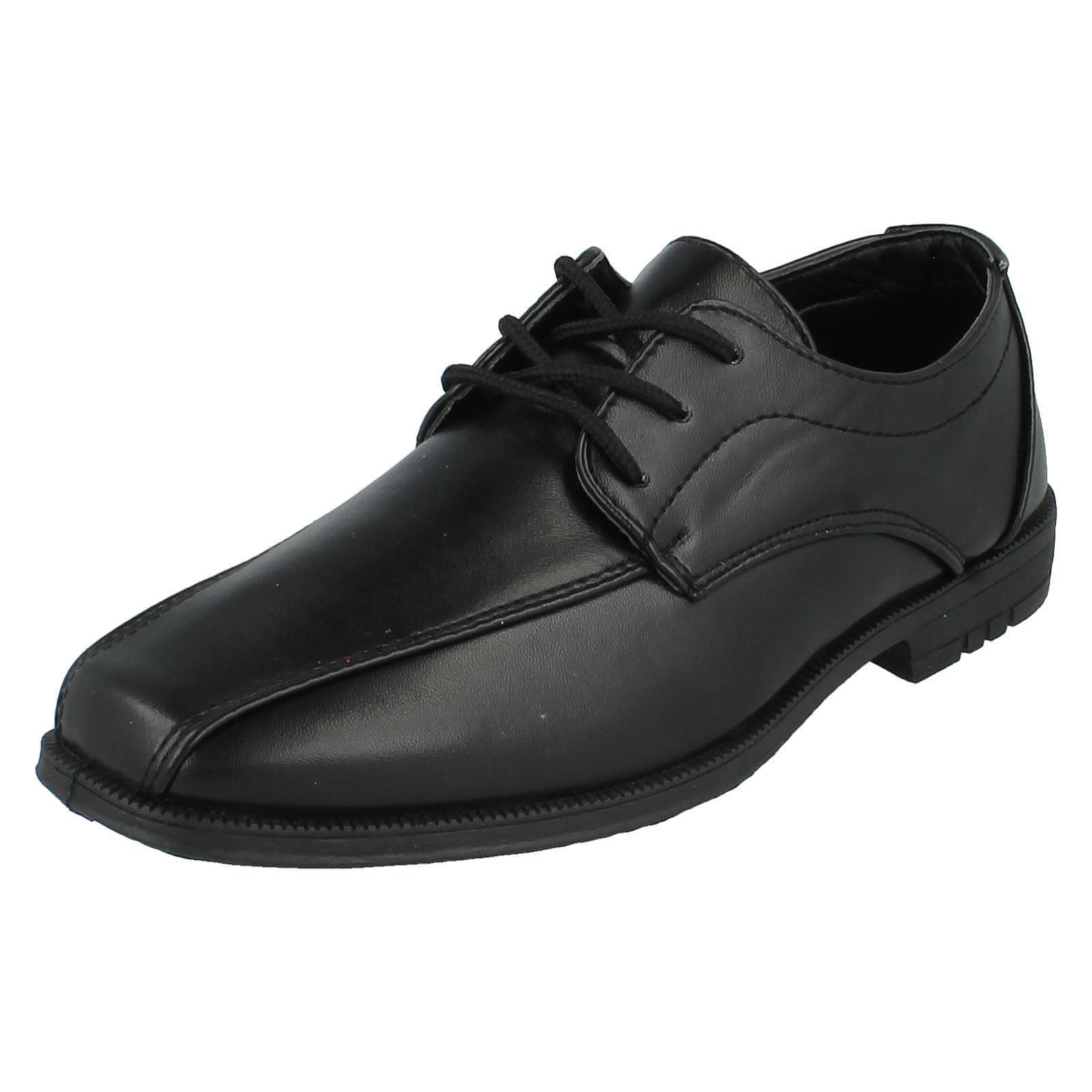 Boys JCDees Shoes Label - N1111