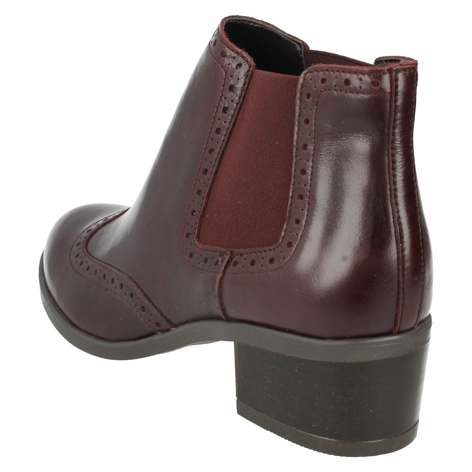 Ladies Clarks Casual Chelsea  Ankle Boots Style - Calne Cristie
