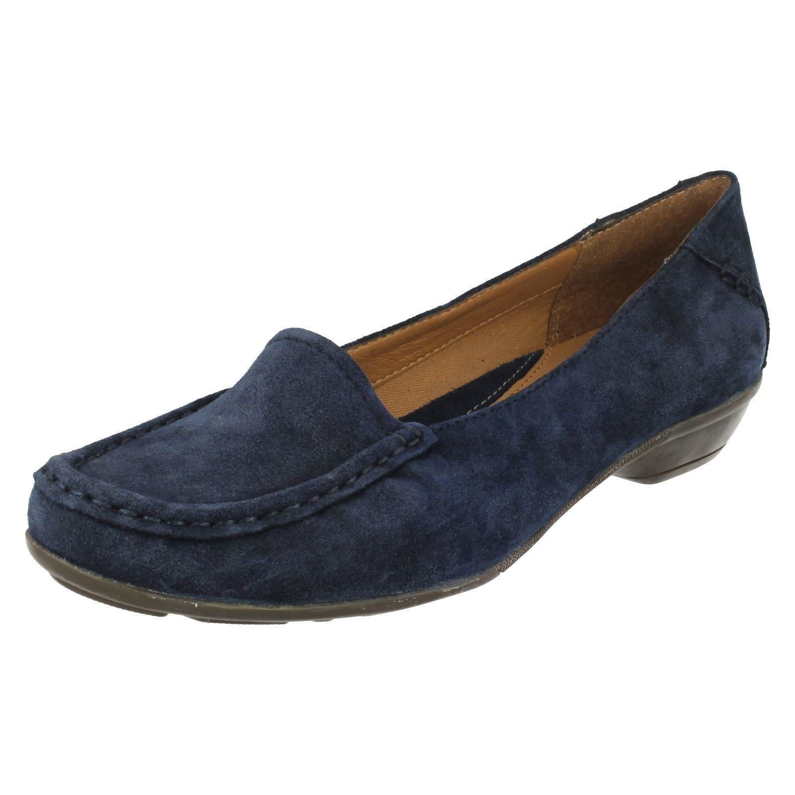 78a2574d696 Ladies Clarks Loafer Heeled Shoes Gilded Opal Navy UK 6 D. About this  product. Picture 1 of 8  Picture 2 of 8 ...