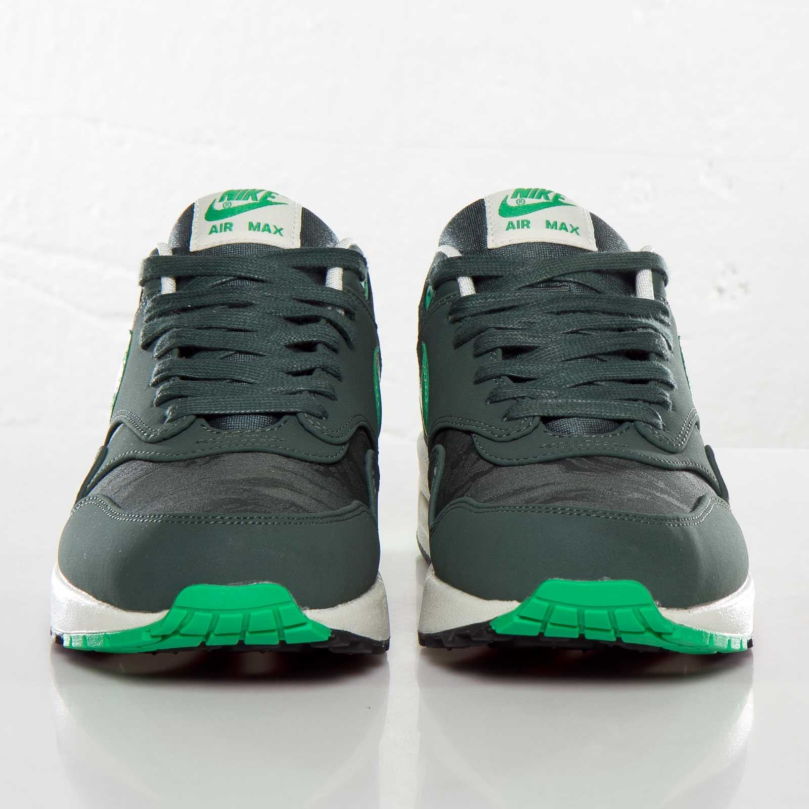 Details about Nike Mens Air Max 1 Vintage Green Trainers 512033 330