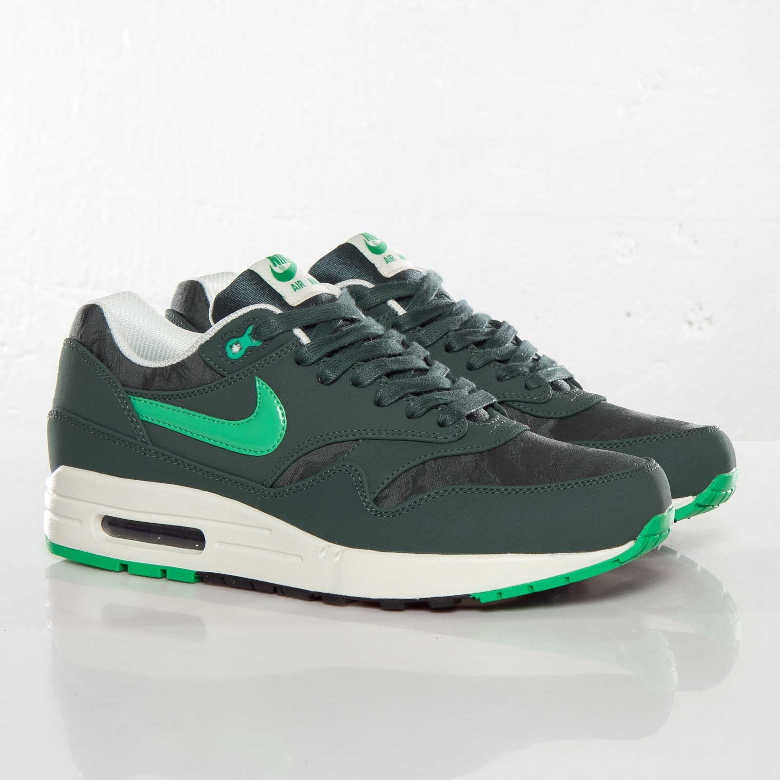 NIKE AIR MAX 1 Sneaker Trainer Grün Green Camouflage Vintage