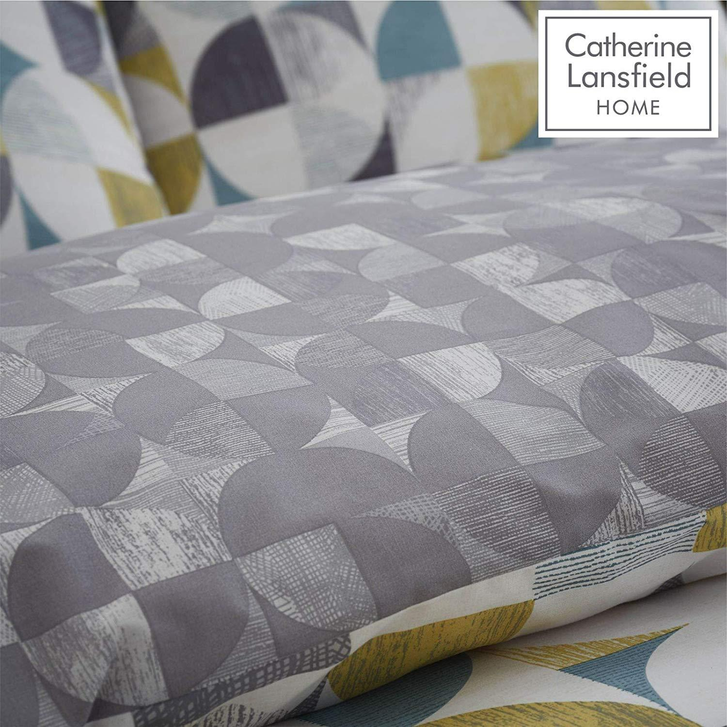 Catherine-Lansfield-Retro-Circles-Multi-Duvet-Set-Reversible-Bedding-Curtain thumbnail 4