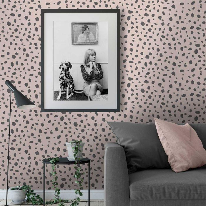 Holden-Decor-Dalmatian-Spot-Print-Trendy-Contemporary-Wallpaper-2-Colours thumbnail 5