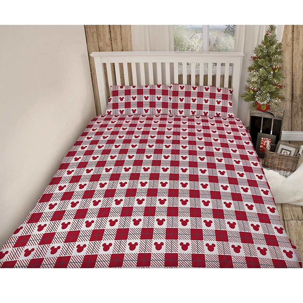 Mickey-and-Minnie-Mouse-Romance-Christmas-Duvet-Single-Double-King-Size