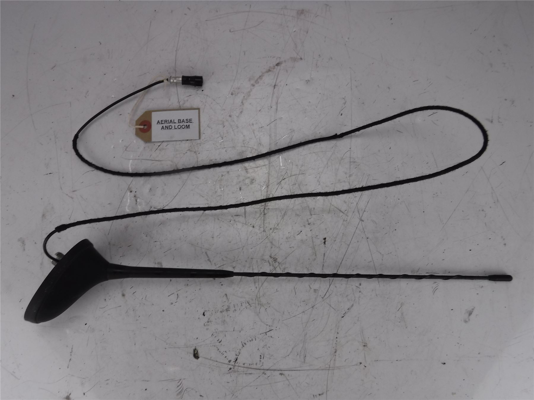 Peugeot 207 Verve 2009 Silver 3dr 14 Petrol Aerial Base And Loom Ebay Wiring