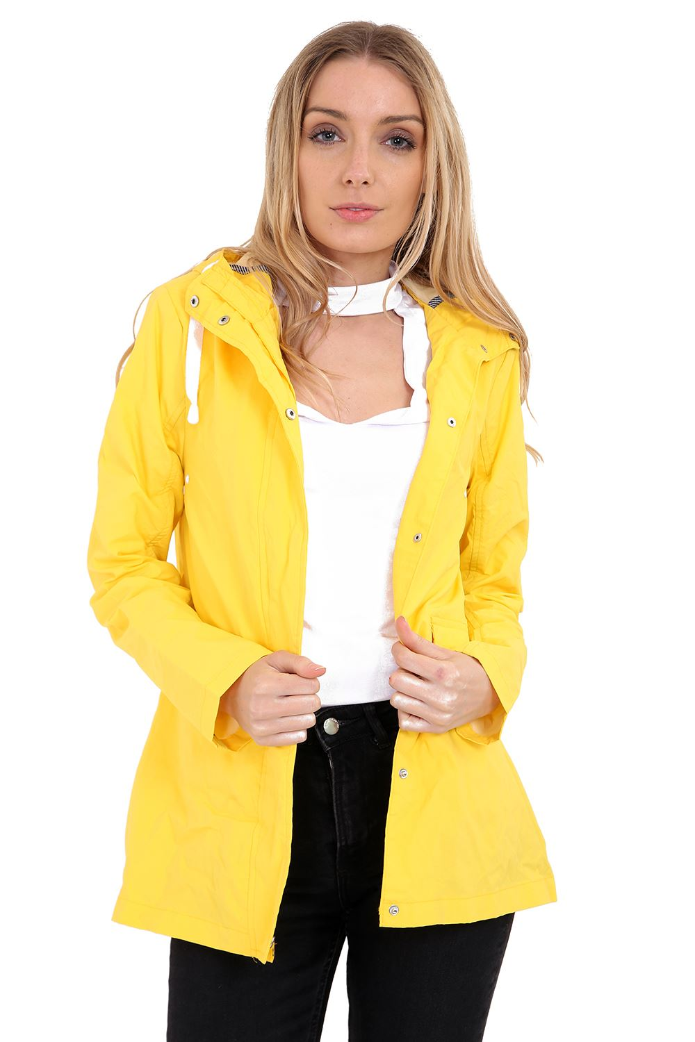 Fashionable jackets for women