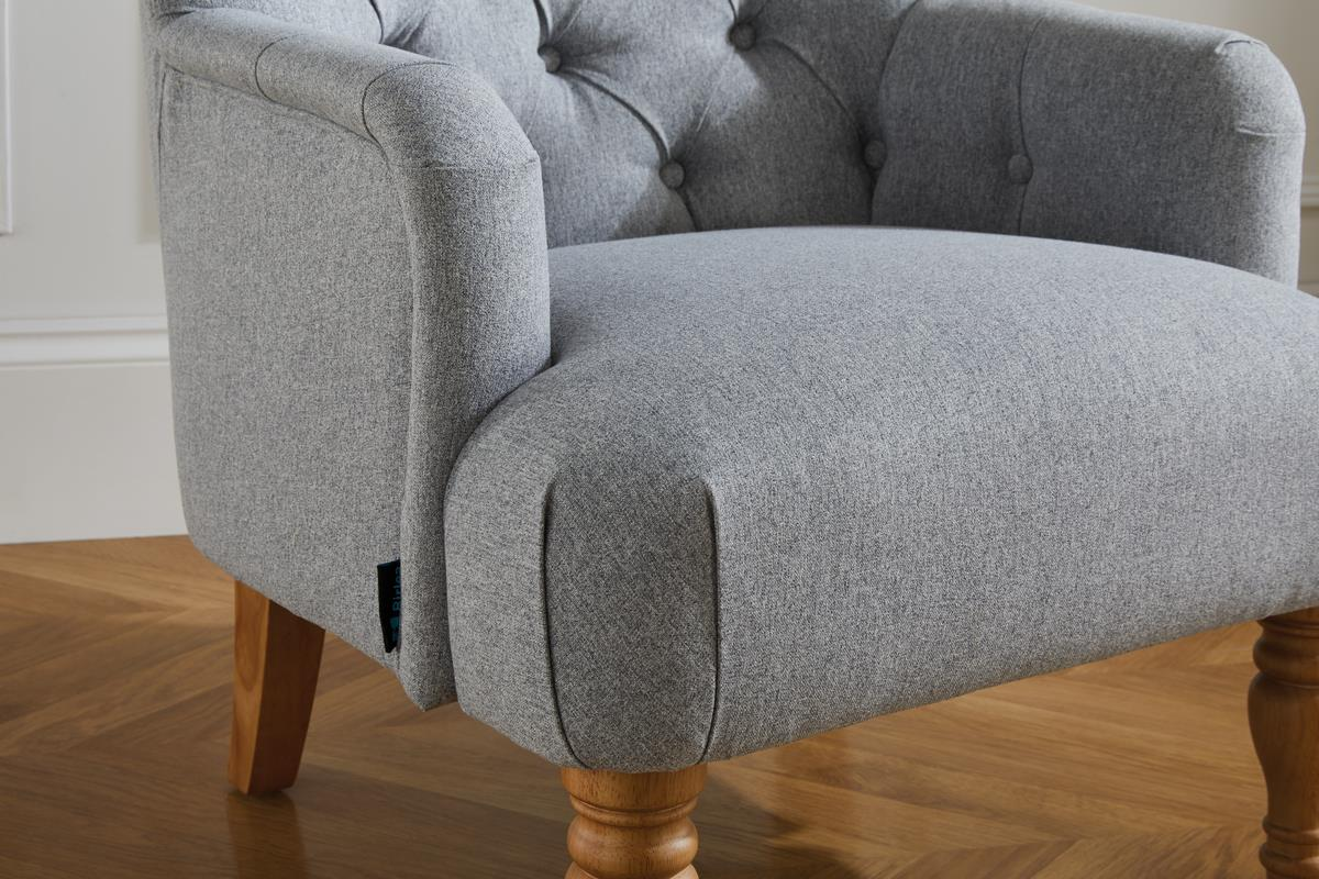 Birlea Padstow Easy Fireside Chair Traditional Buttoned