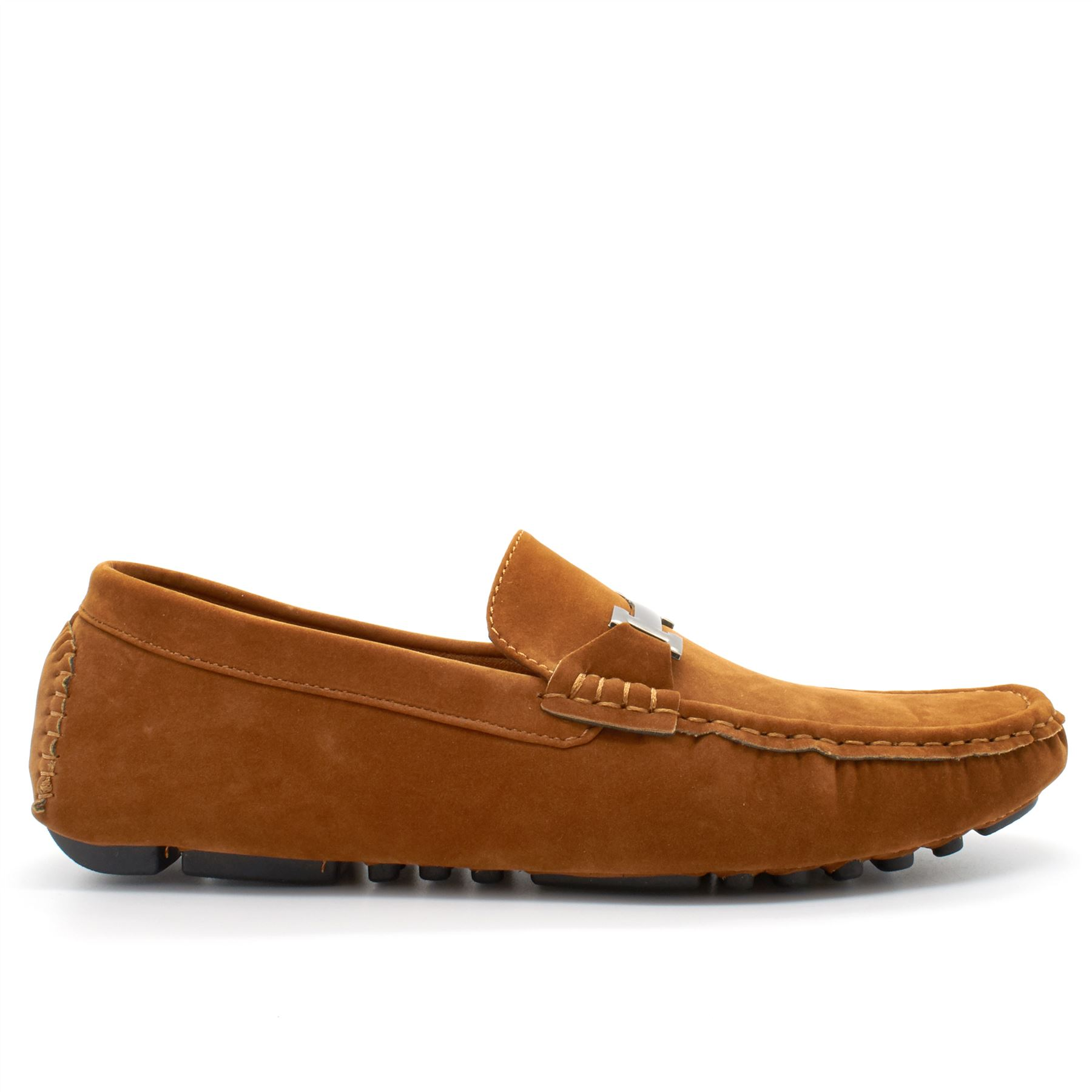 Size 14 (9) Size 15 We have a wide selection of men's moccasins from top footwear brands including POD, Chatham and Barker England.