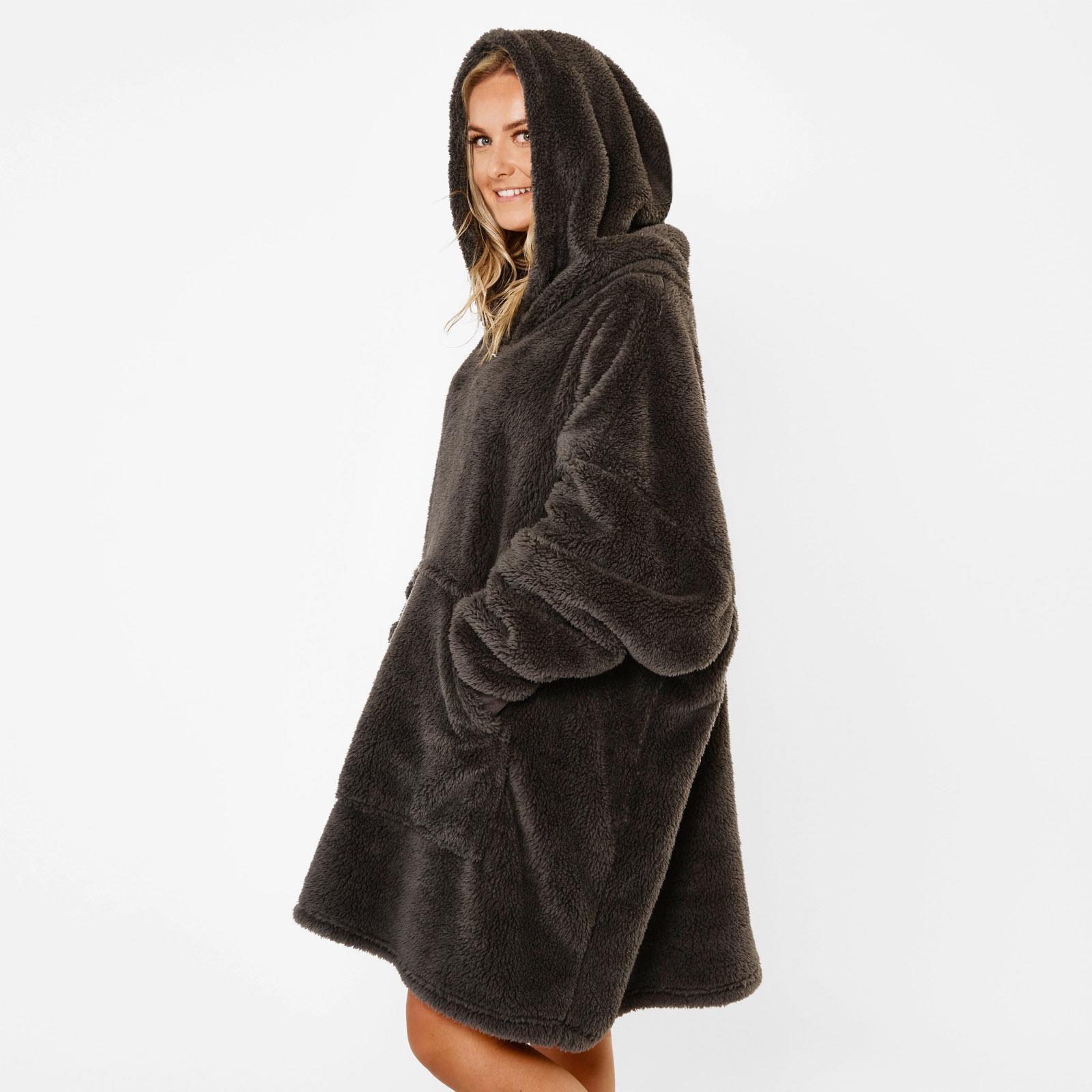 thumbnail 7 - Brentfords-Teddy-Fleece-Hoodie-Blanket-Oversized-Giant-Wearable-Adults-Kids-UK