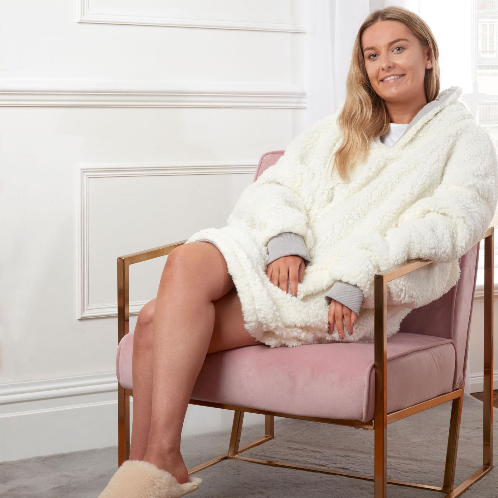 Sienna-Hoodie-Blanket-Oversized-Ultra-Plush-Sherpa-Giant-Big-Hooded-Sweatshirt thumbnail 18