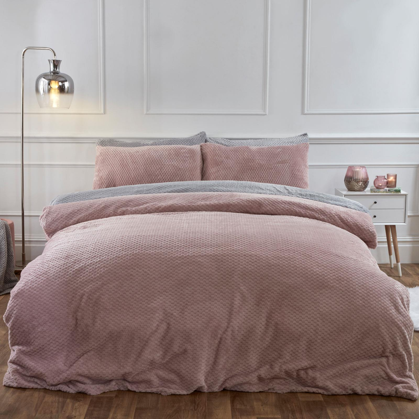 Brentfords-Warm-Waffle-Fleece-Duvet-Cover-with-Pillowcase-Soft-Cosy-Bedding-Set thumbnail 7