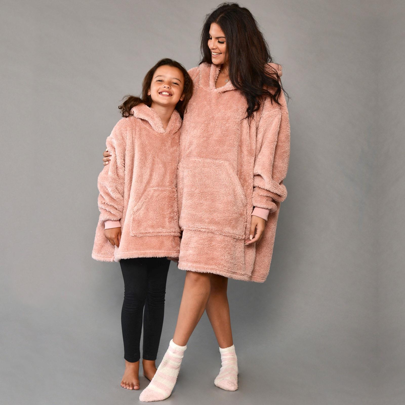 thumbnail 12 - Brentfords-Teddy-Fleece-Hoodie-Blanket-Oversized-Giant-Wearable-Adults-Kids-UK