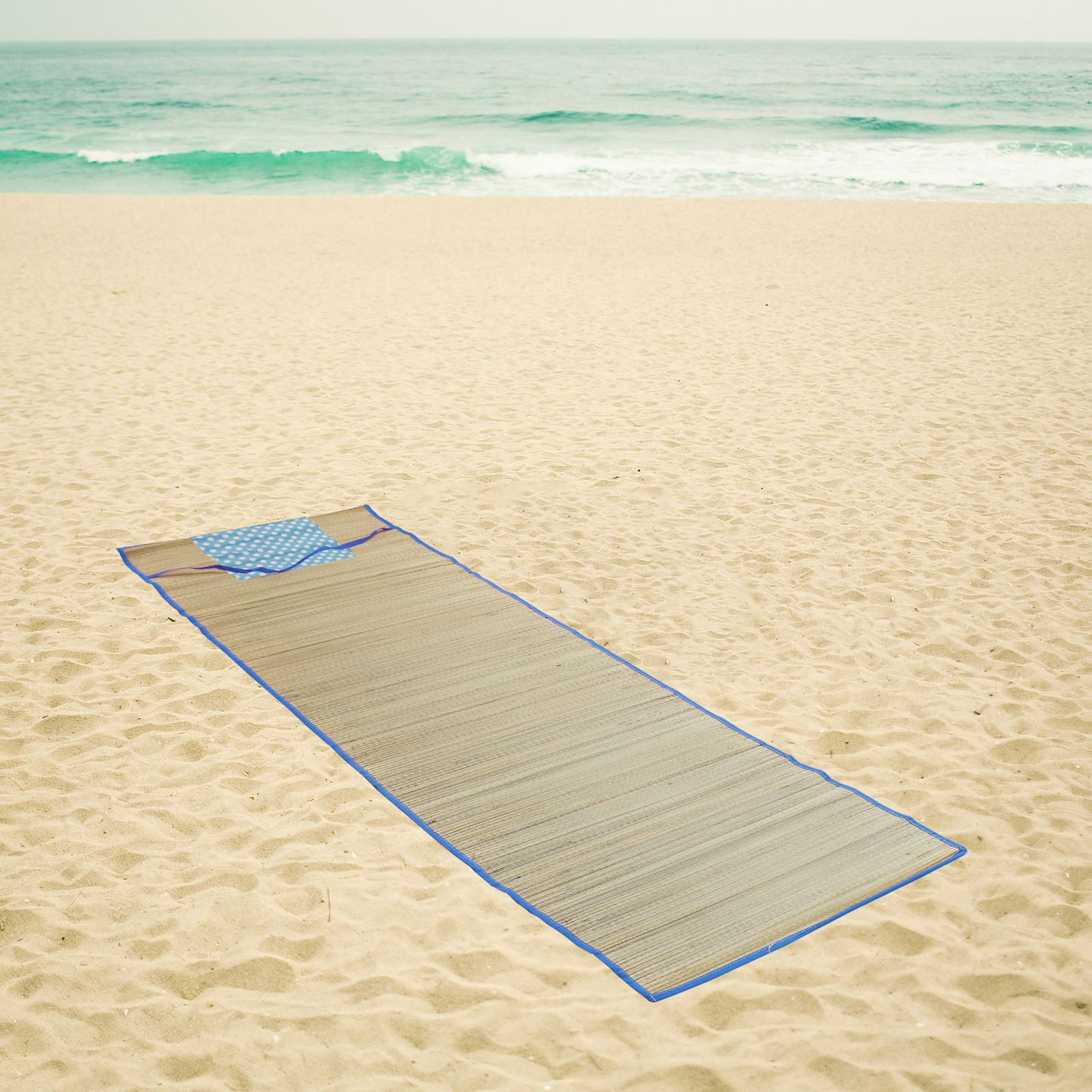 Straw Beach Mat Roll Up Carry Mat Travel Picnic Holiday Camping