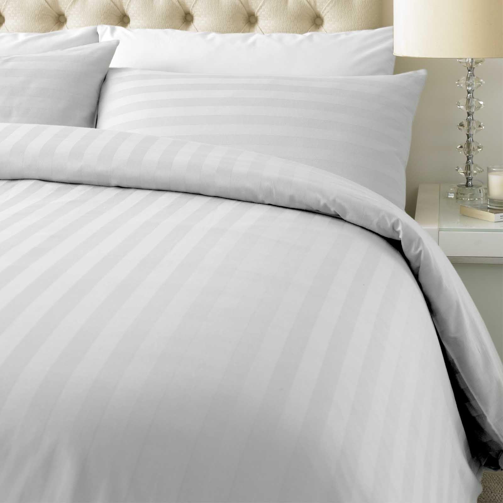 Luxury 800 Thread Count Cotton Rich Satin Stripe Duvet