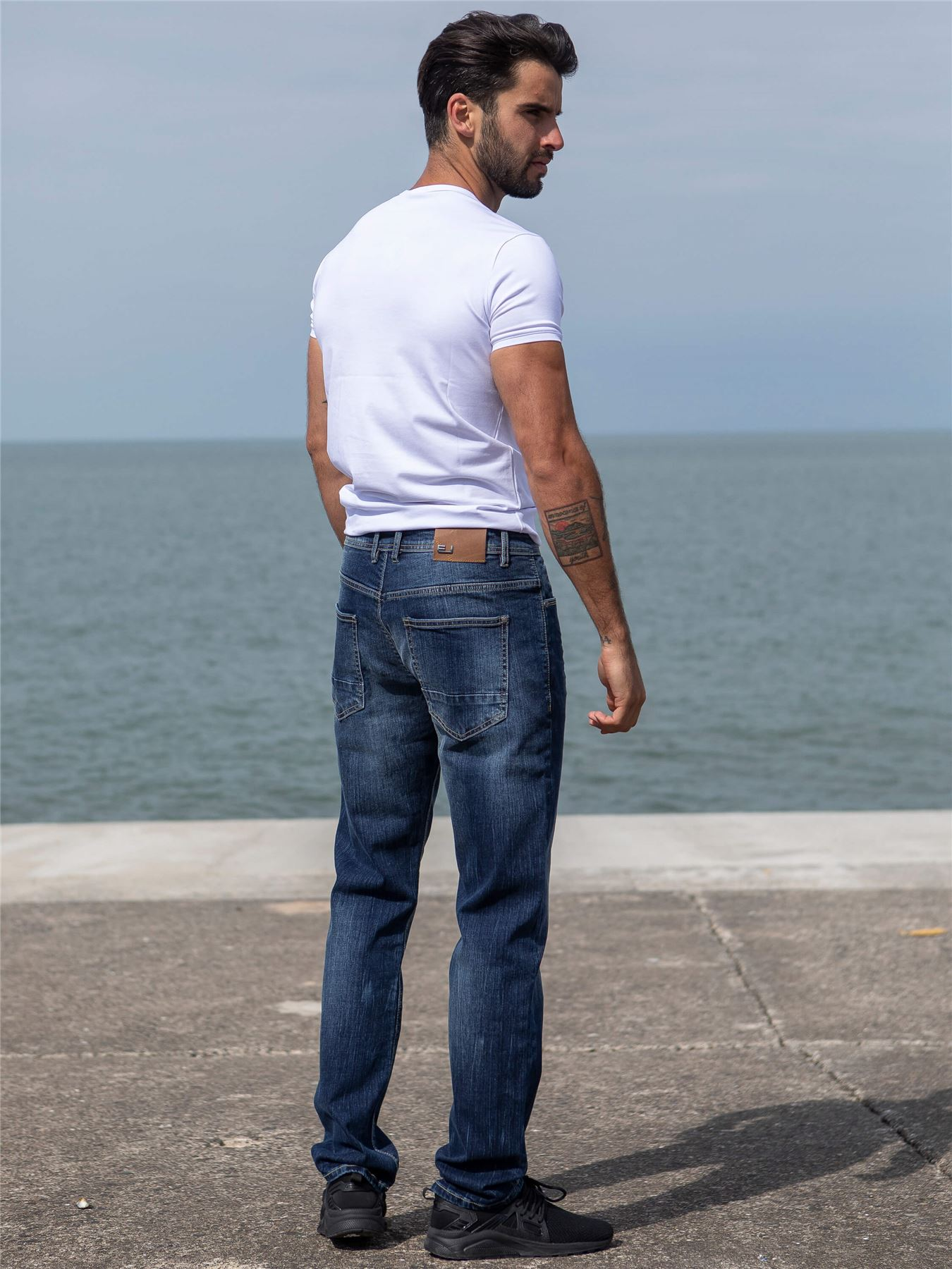 Eto-Designer-Mens-Tapered-Jeans-Slim-Fit-Stretch-Denim-Trouser-Pants-All-Waists thumbnail 9