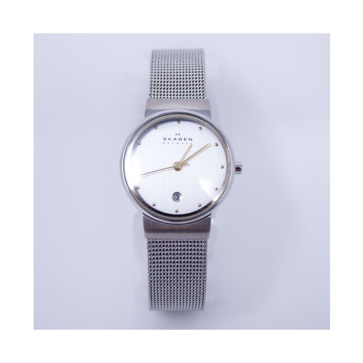 mesh metal bracelet of steel g watches watch pearl mother slim dial quartz gucci stainless timeless