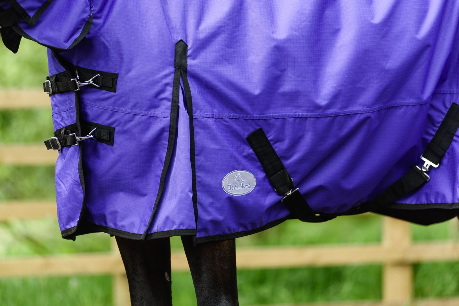 BOH-350g-Heavyweight-600D-Rip-Stop-Full-Fixed-Neck-Waterproof-Winter-Turnout-Rug thumbnail 34