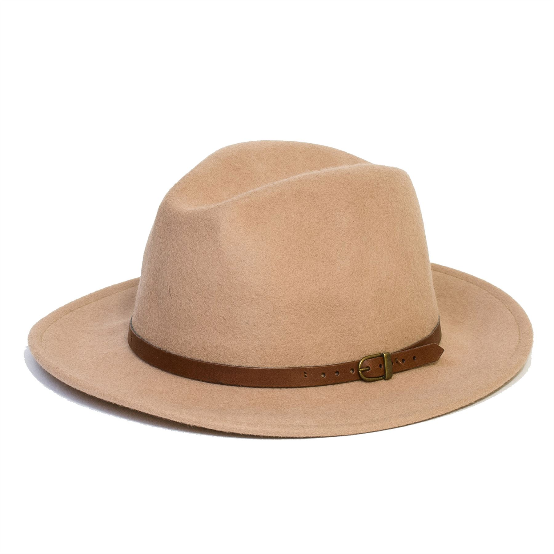 Shop our variety of men's wide brim sun hats and protect your fragile facial skin from the suns harmful UV rays. With a variety of styles to choose from, you can rest assured the wide brim on your men's sun hat will protect you whilst keeping you fashionable and comfortable.