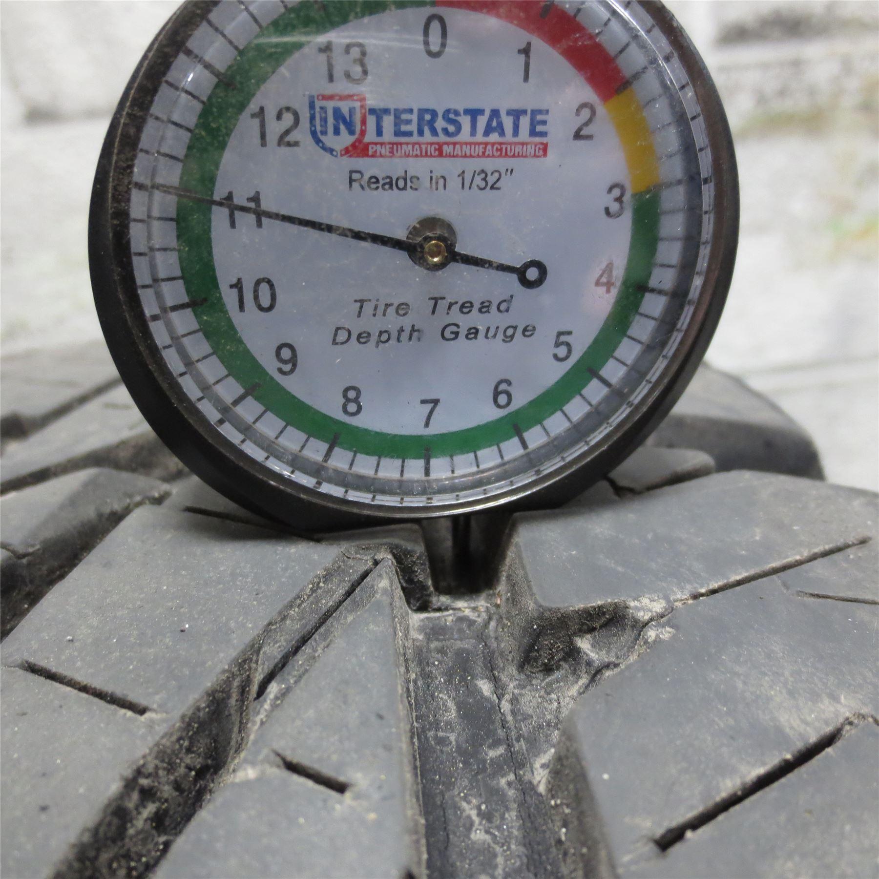 LT275 70R18 Bridgestone DUELER A T REVO 2 125 122S Tire 11 32nd NO