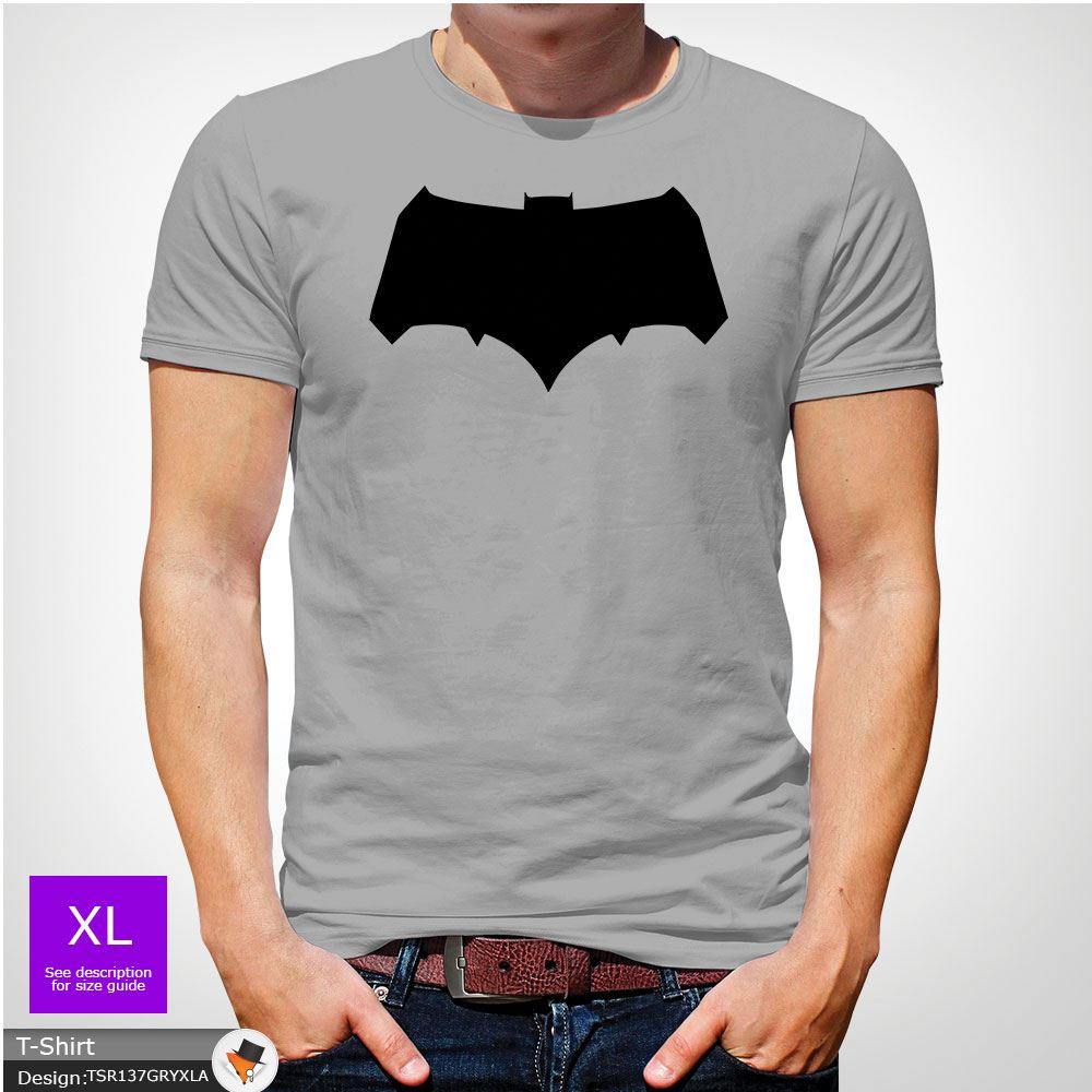 Batman Chest Logo T-shirt Team Bat T-Shirt Black /& White Tshirt All Sizes S-5XL