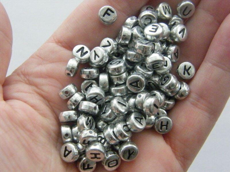 400pcs-Alphabet-Letters-Round-Beads-6-5mm-Acrylic-jewellery-Making-Art-amp-Craft thumbnail 11
